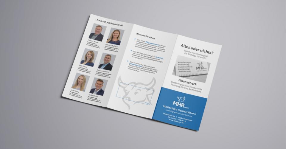 Tri-Fold Brochure Mockup1a